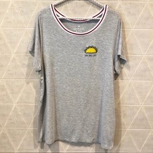 American Eagle Soft & Sexy t shirt taco bout love